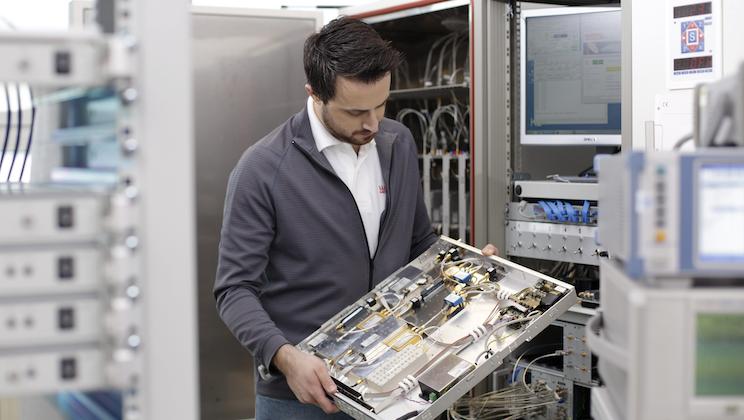 WORK Microwave GmbH - Server